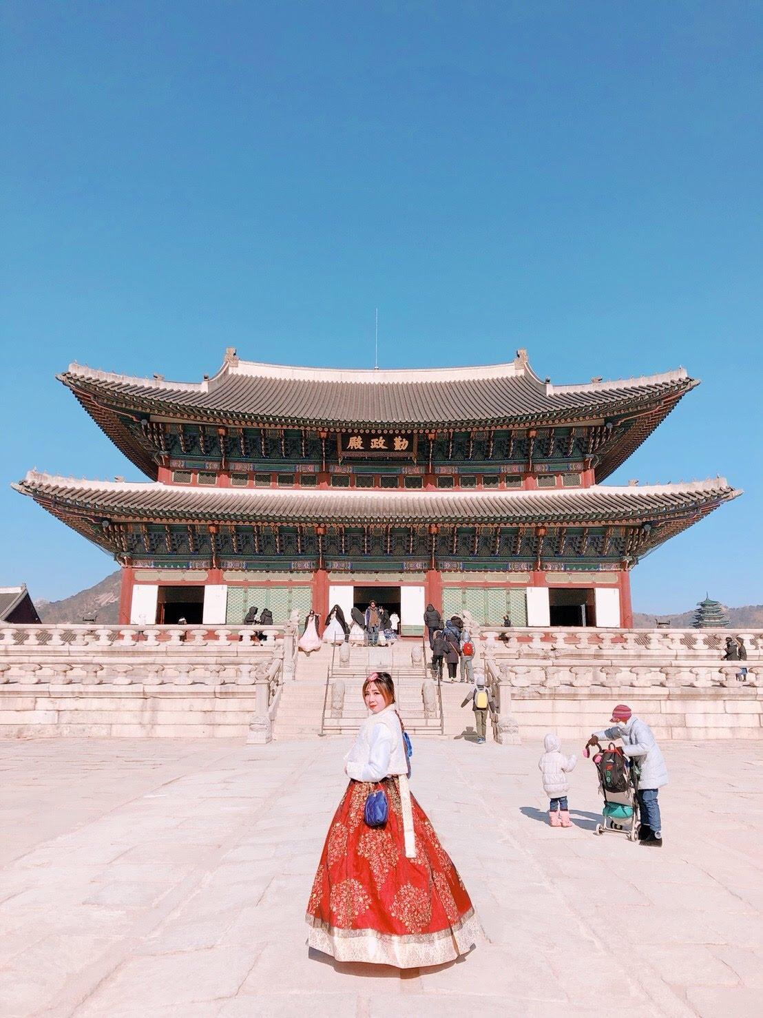 韓國首爾|首爾王宮(景福宮) 公主韓服租借 免費進入。餓了就吃三清洞摩西年糕鍋